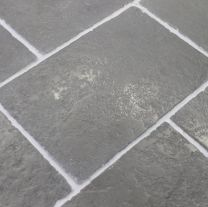 Antique Grey Limestone Flagstone Tiles Hand Cut Edges Stone Flooring